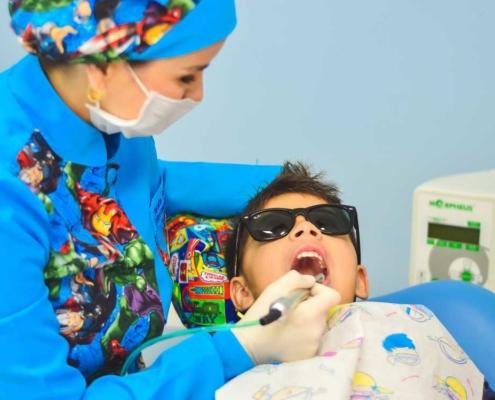 Kinderzahnarzt - so vermeidest du Zahnarztangst bei deinem Kind